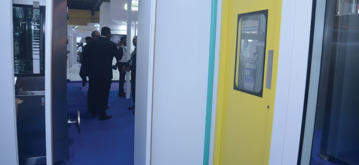 fabtech-cleanroom-partition-movflo-001